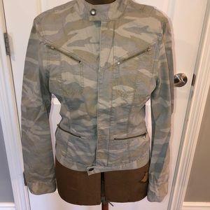 DKNY jeans Camo blazer, size small